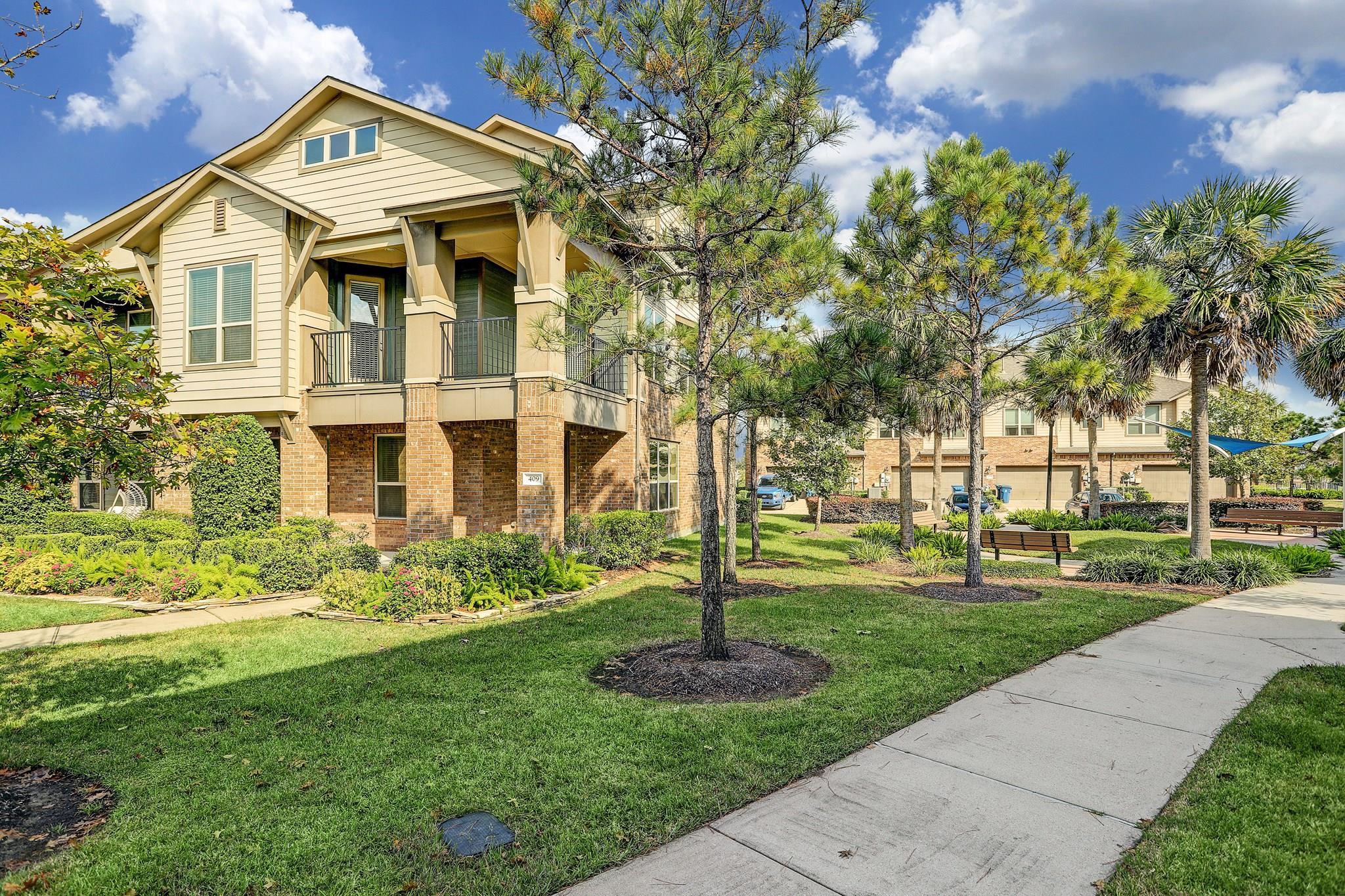 409 Via Regatta Street Property Photo - Webster, TX real estate listing