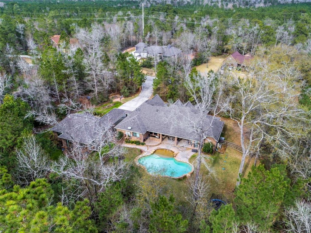 217 Fish Creek Lane, Montgomery, TX 77316 - Montgomery, TX real estate listing