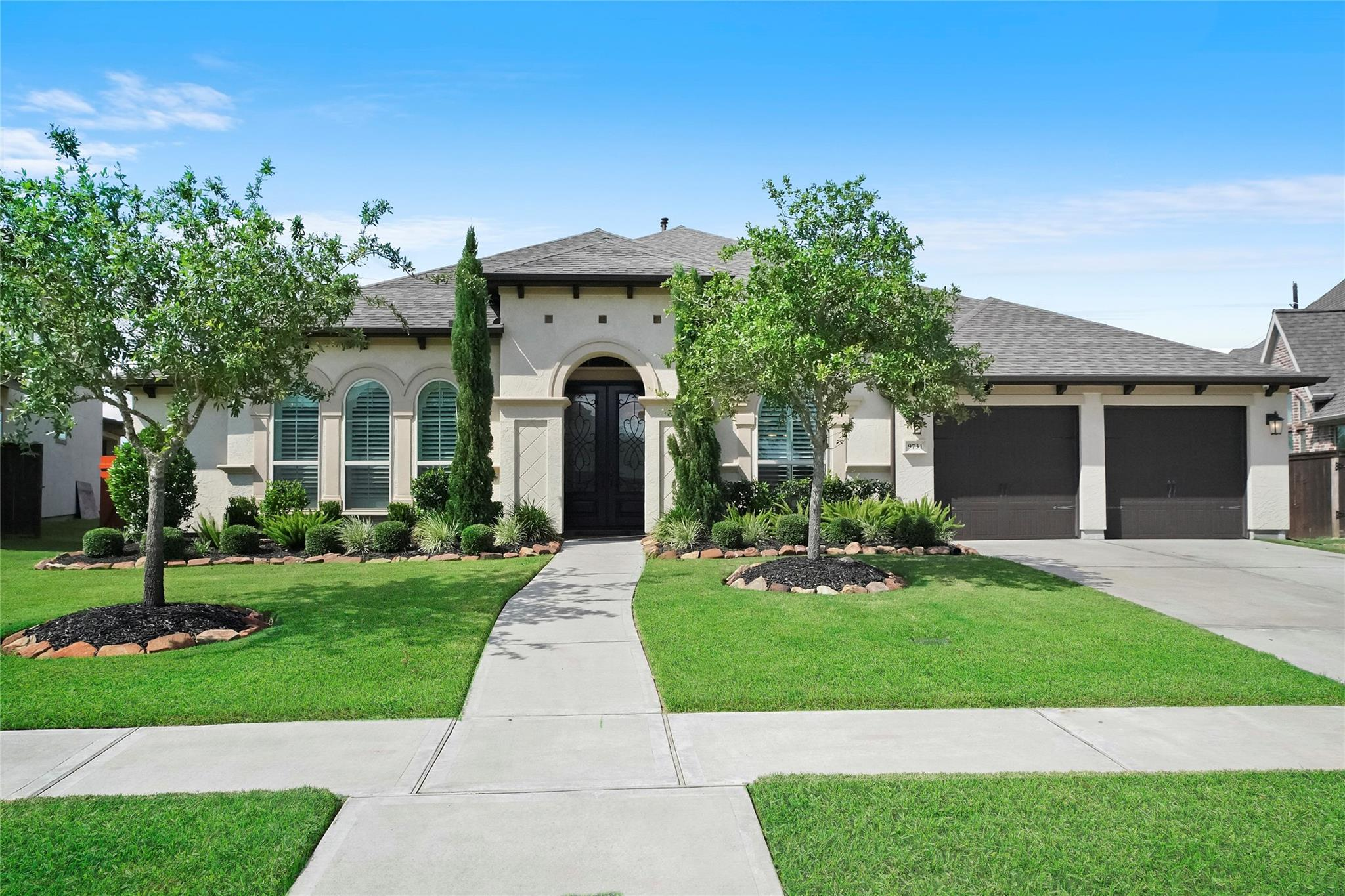 9731 Carver Drive Property Photo - Iowa Colony, TX real estate listing