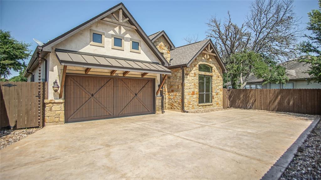 1126 Gruene Road Property Photo - New Braunfels, TX real estate listing