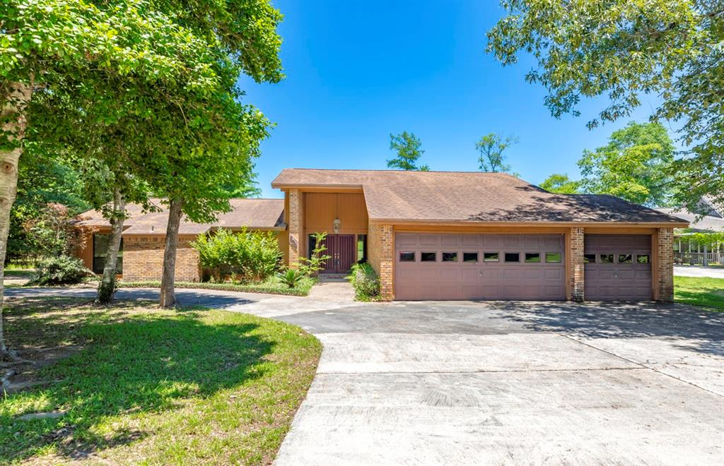 204 Hazel Property Photo - Village Mills, TX real estate listing