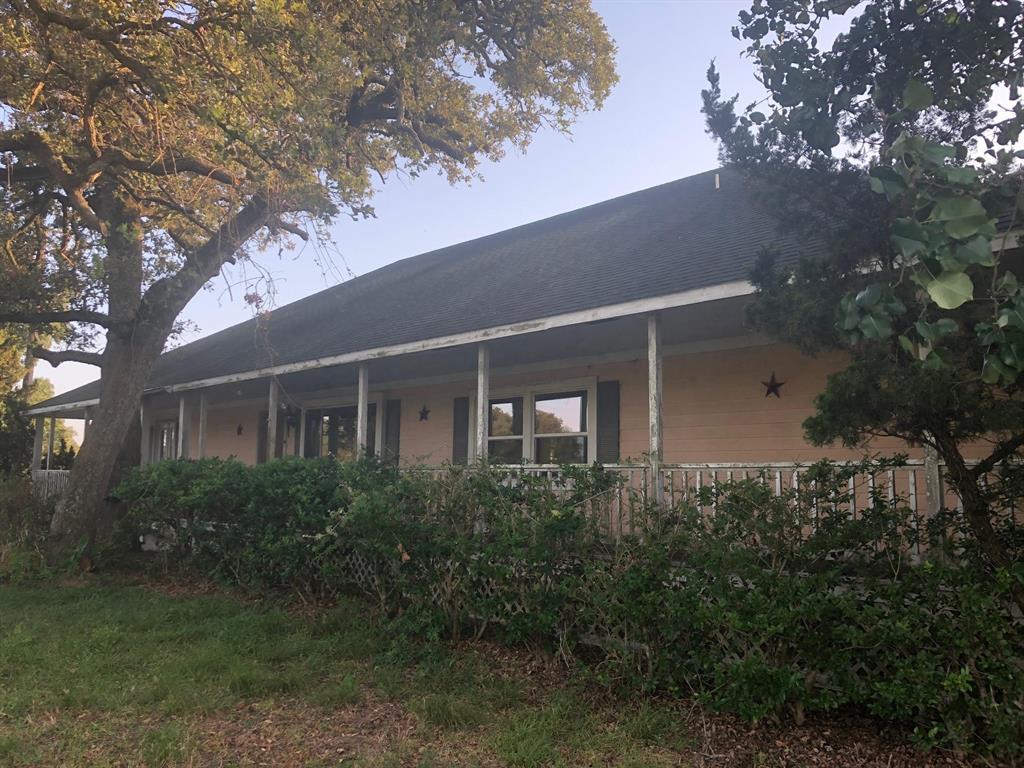 2048 FM 39 Property Photo - Marquez, TX real estate listing