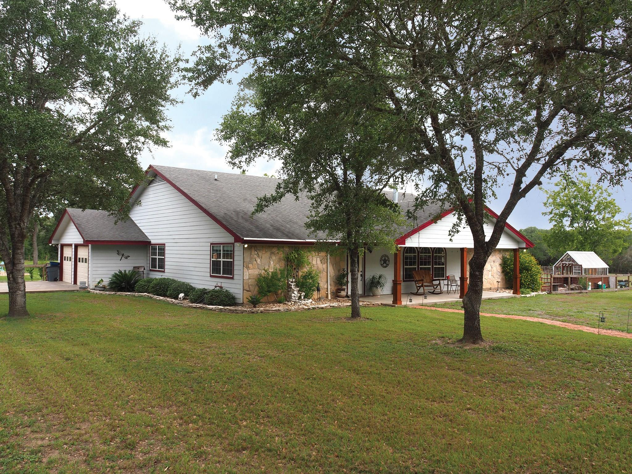 1544 Guenther Road Property Photo