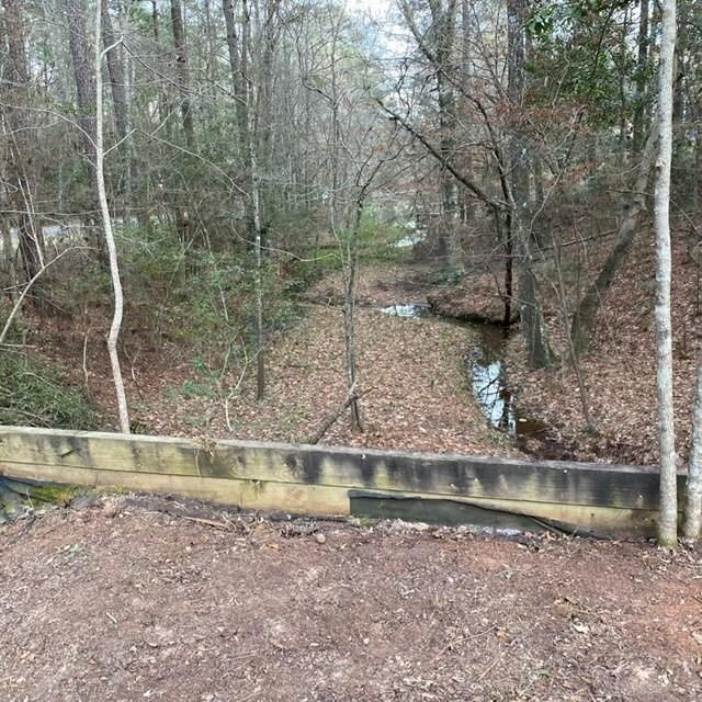 000 Driftwood Drive Property Photo