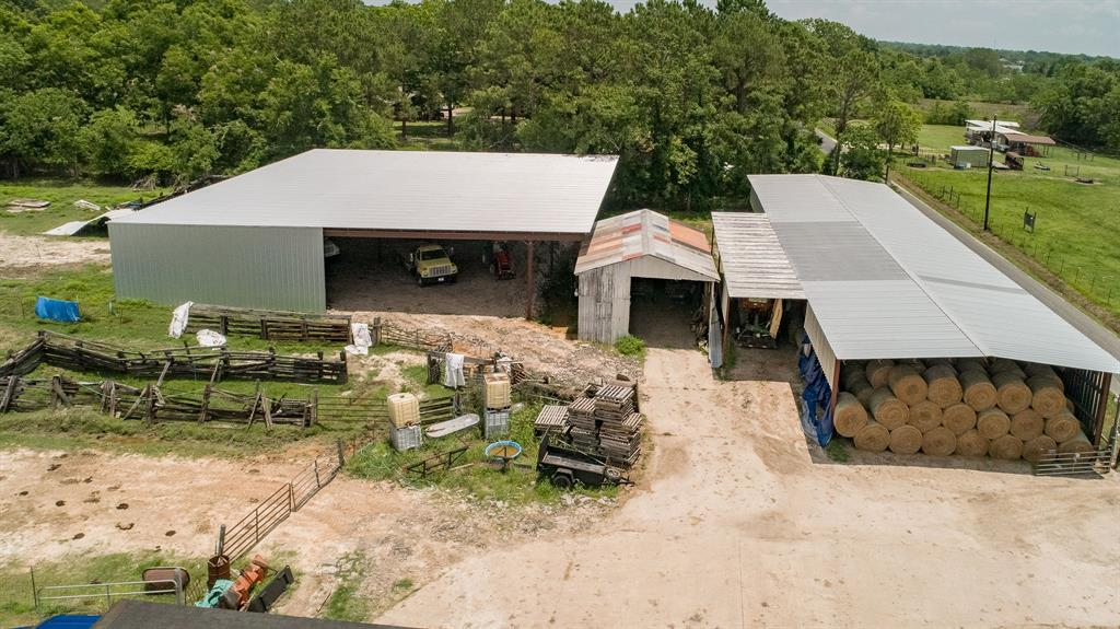 17308 Auction Barn Road, Alvin, TX 77511 - Alvin, TX real estate listing