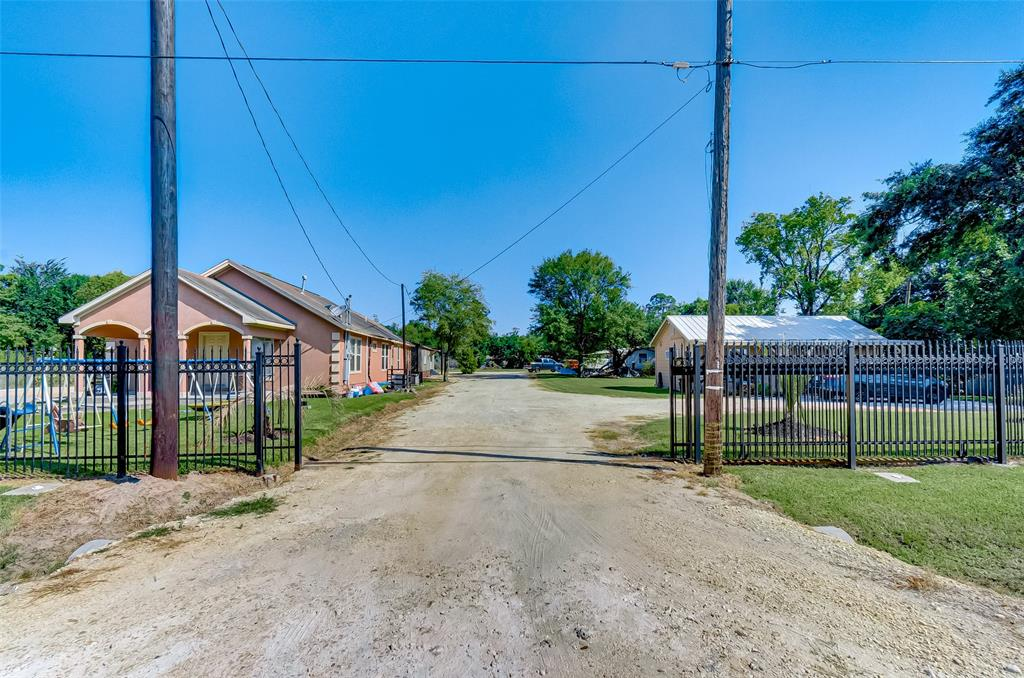16915 Avenue A, Channelview, TX 77530 - Channelview, TX real estate listing