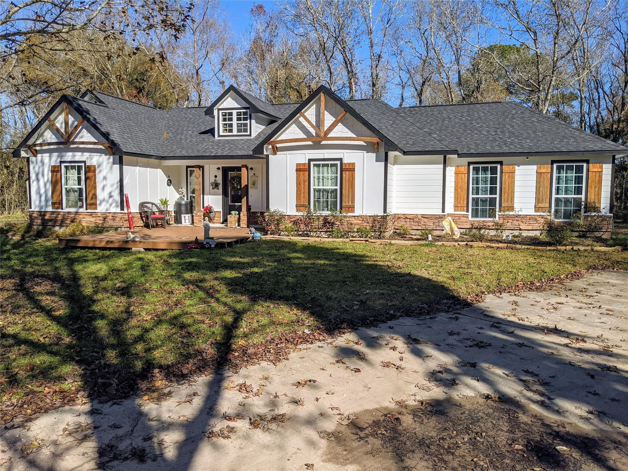 10008 Highway 321 Property Photo - Dayton, TX real estate listing