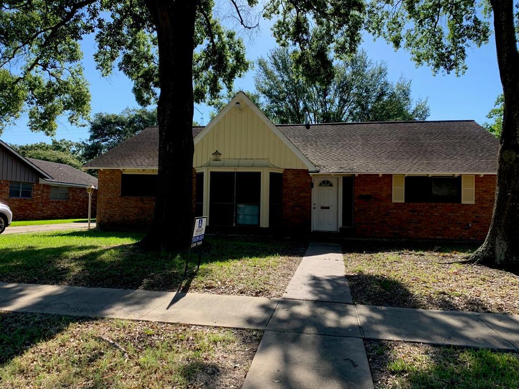 2211 San Jacinto Drive Property Photo - Pasadena, TX real estate listing