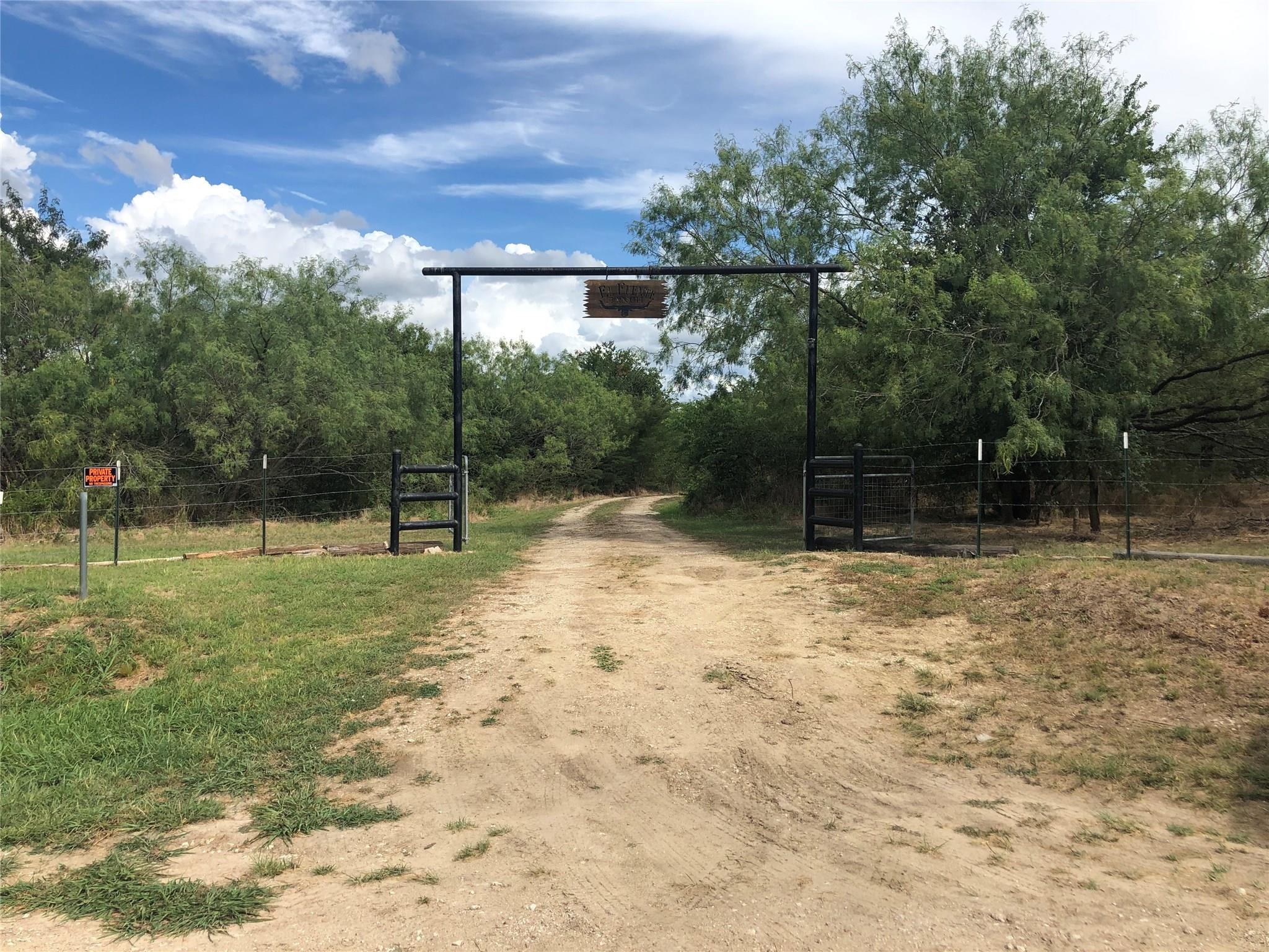 114 County Rd 114 Property Photo - Marlin, TX real estate listing