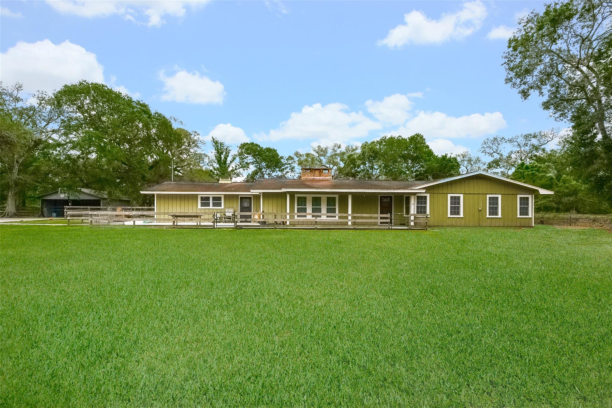 3879 County Road 382 Property Photo