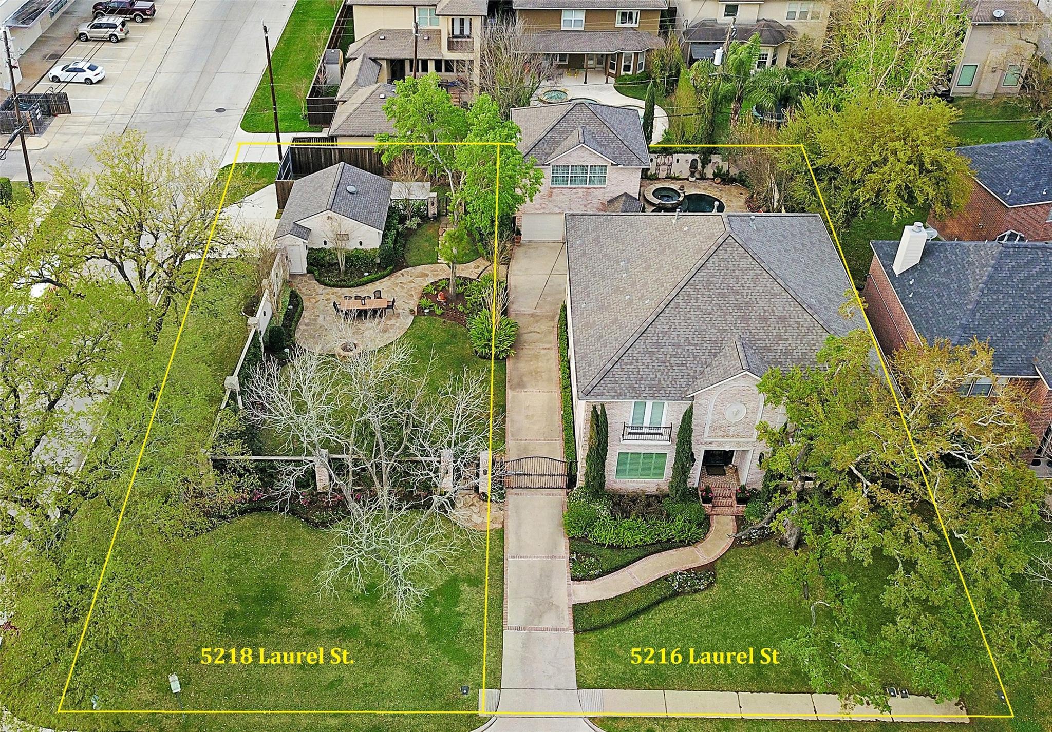 5218 Laurel Street Property Photo 1