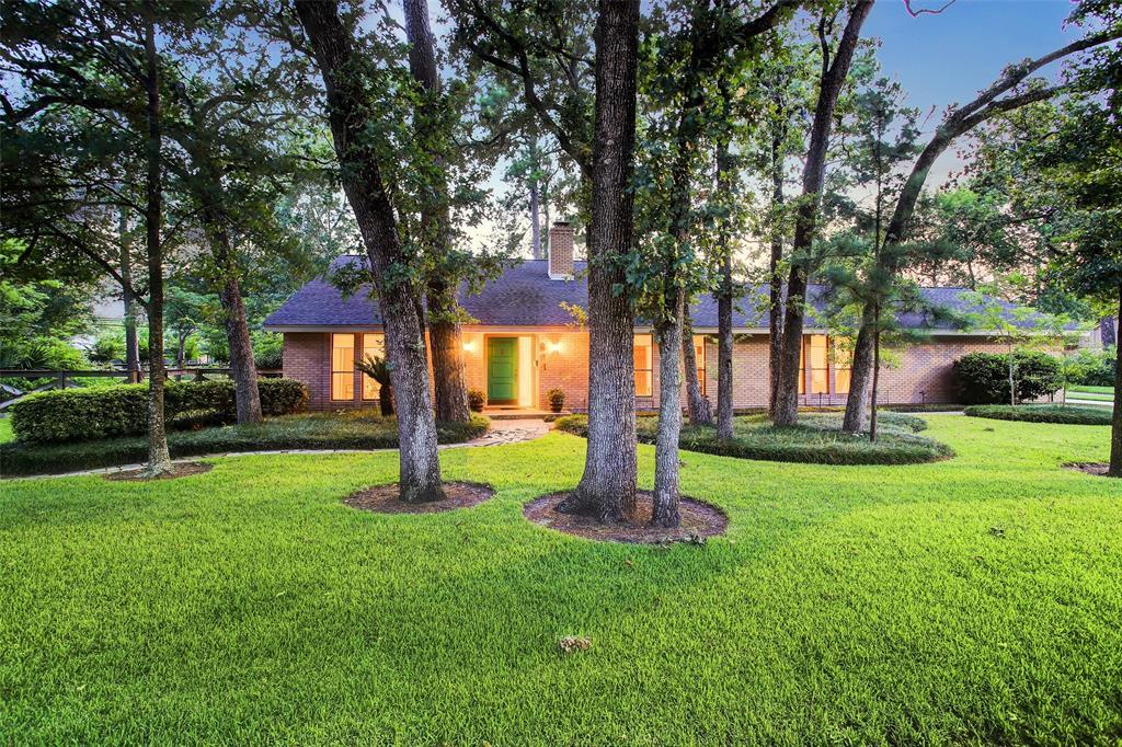411 W Gaywood Drive, Houston, TX 77079 - Houston, TX real estate listing