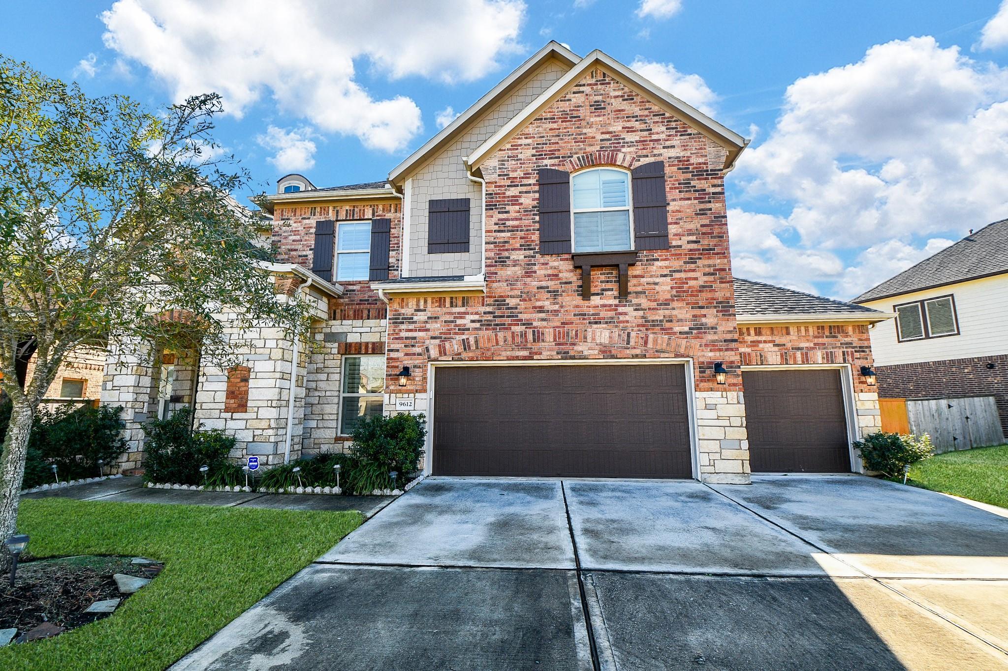 9612 Live Creek Lane Property Photo