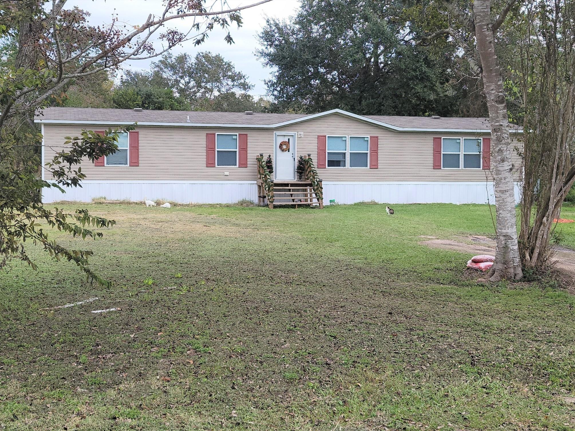 206 E Union Street Property Photo - Eagle Lake, TX real estate listing