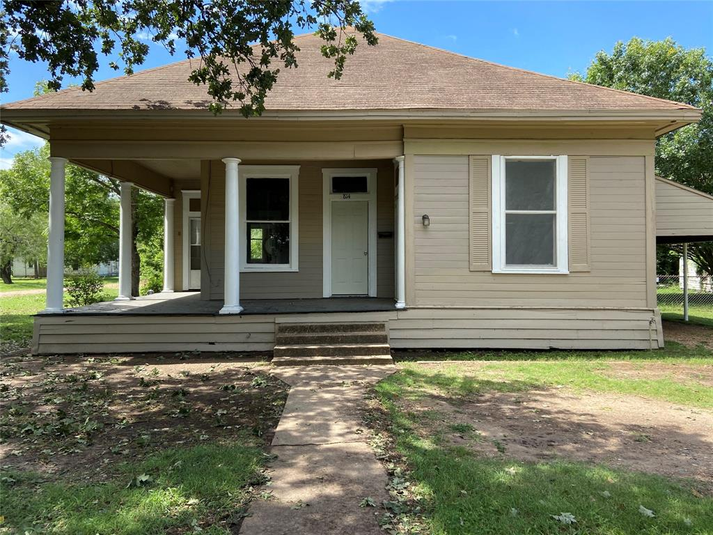 814 Gift Street Property Photo - Marlin, TX real estate listing