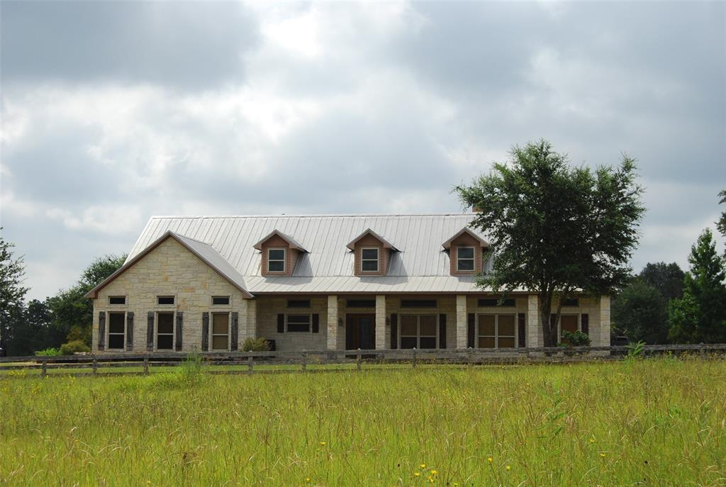 606 Sycamore Xing Road Property Photo - Bellville, TX real estate listing