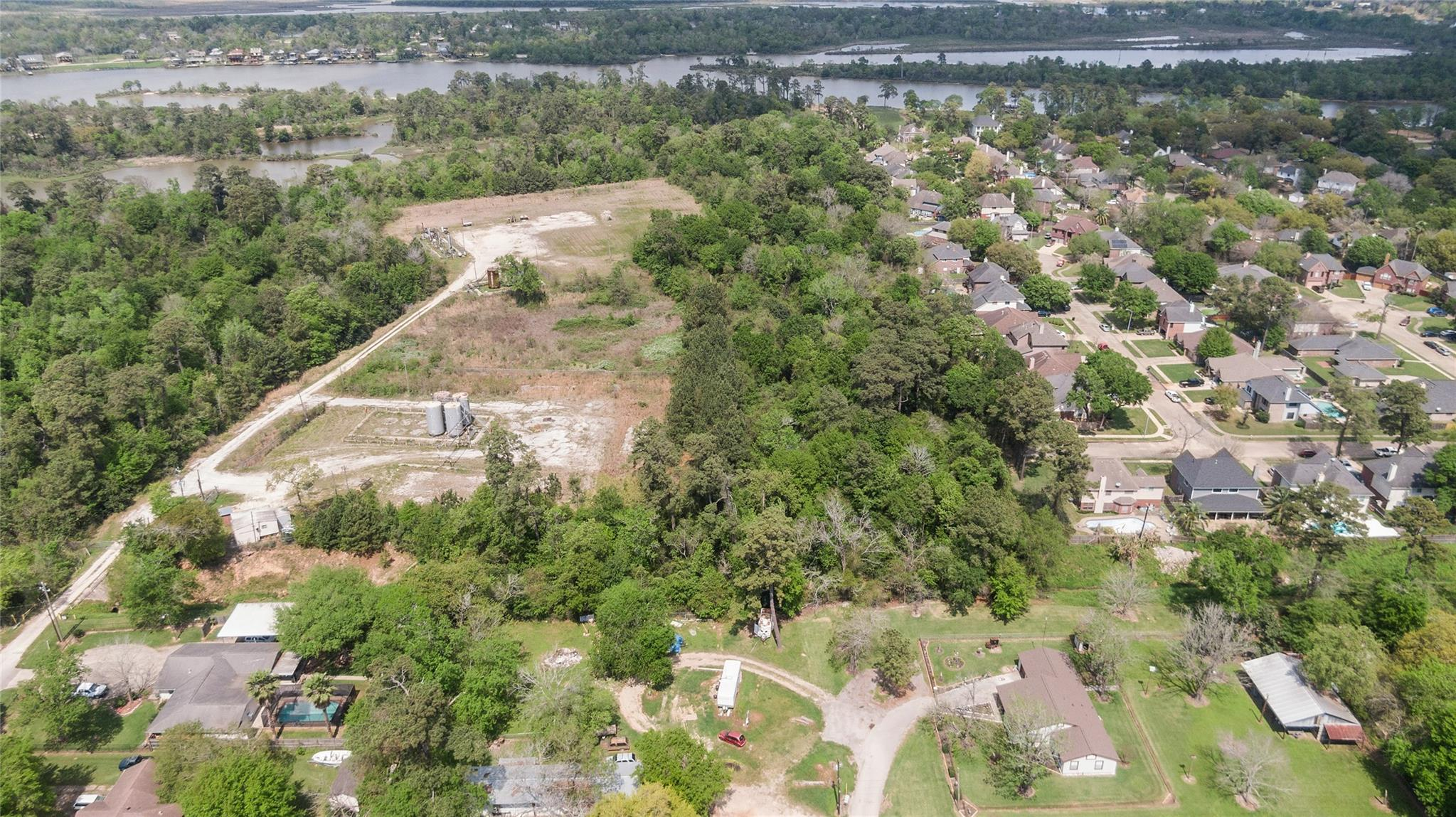 000 W Wallisville Road Property Photo - Highlands, TX real estate listing