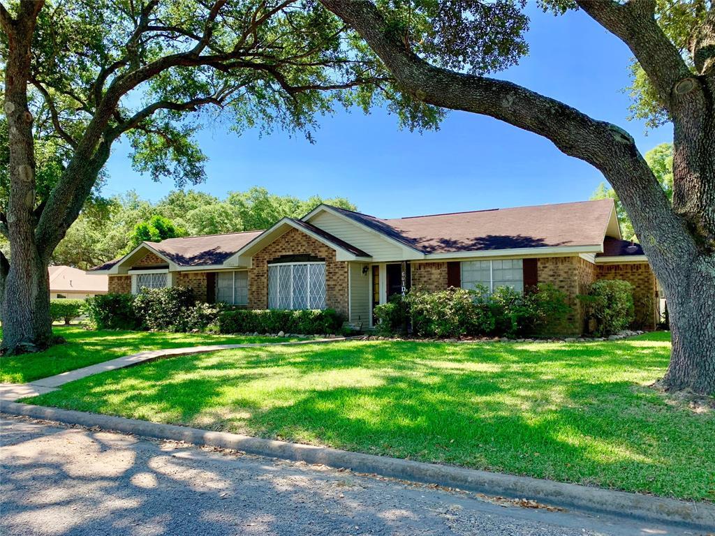 601 Dan Street Property Photo - East Bernard, TX real estate listing