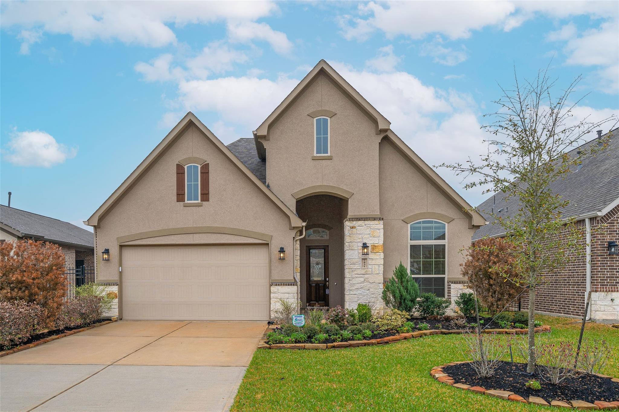 7431 Bethpage Lane Property Photo