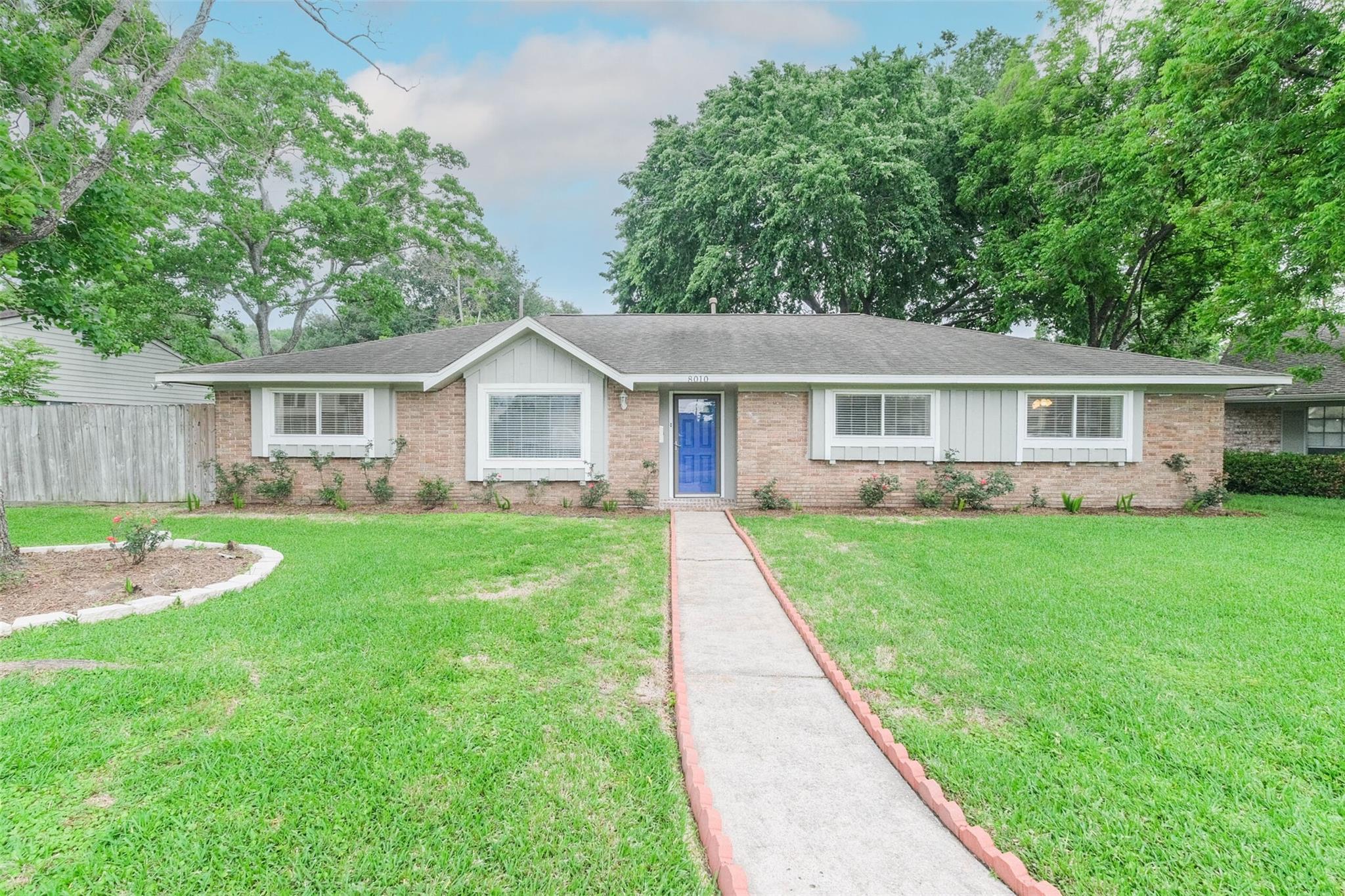8010 Twin Hills Drive Property Photo