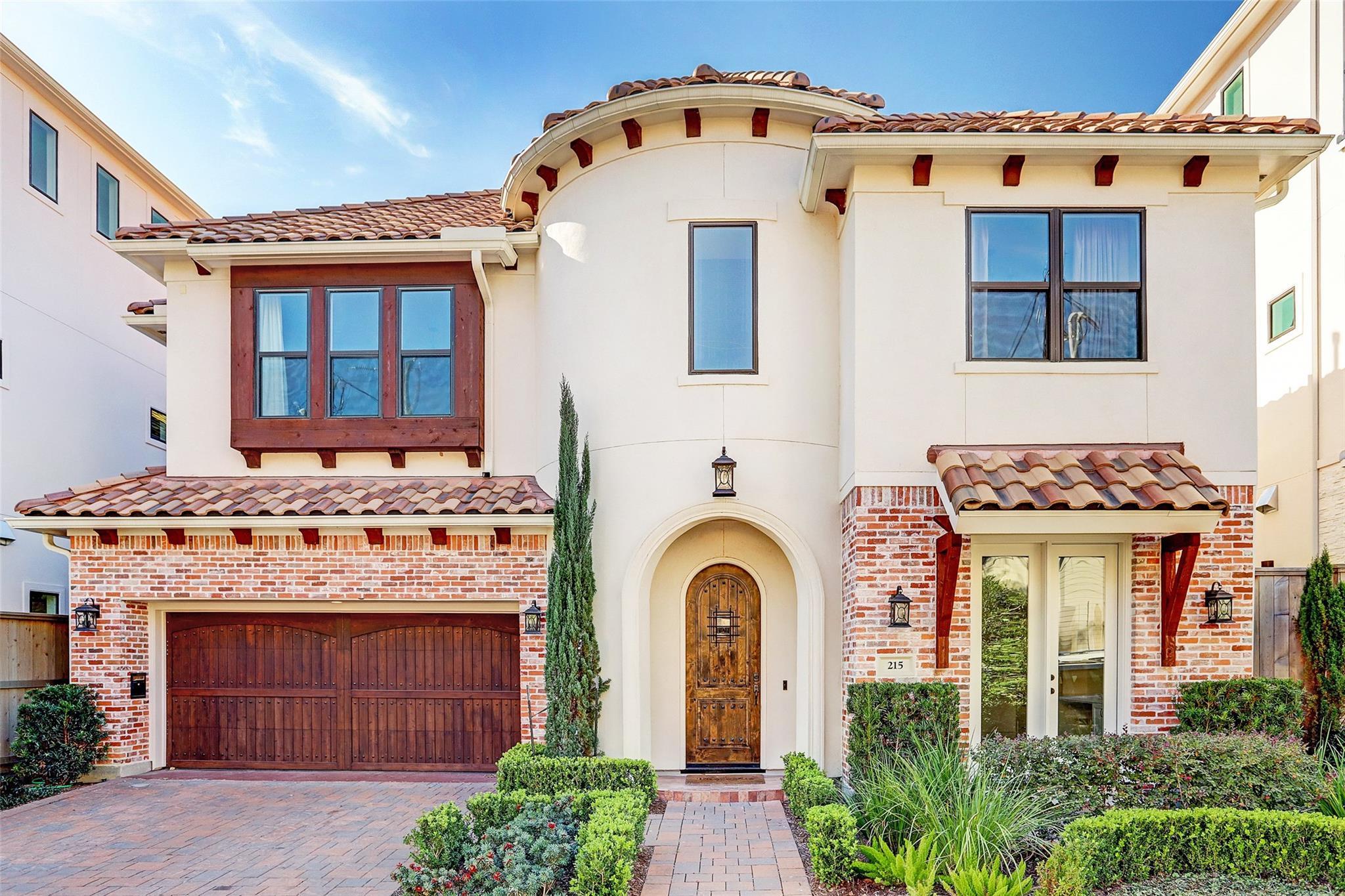 240 Birdsall Street Property Photo - Houston, TX real estate listing