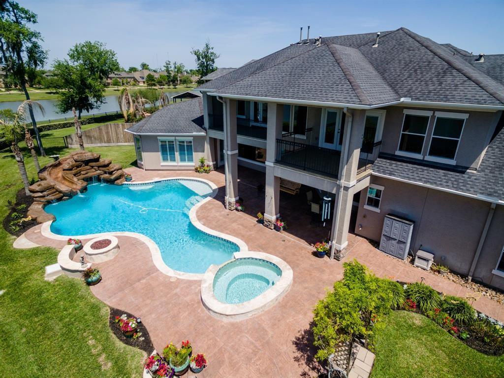 42 Tayside Trak Property Photo - Missouri City, TX real estate listing