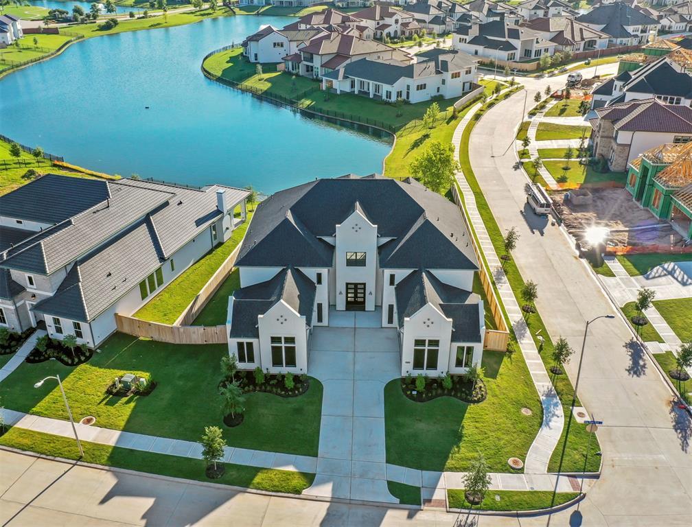 5611 King Plains Creek Lane Property Photo - Sugar Land, TX real estate listing