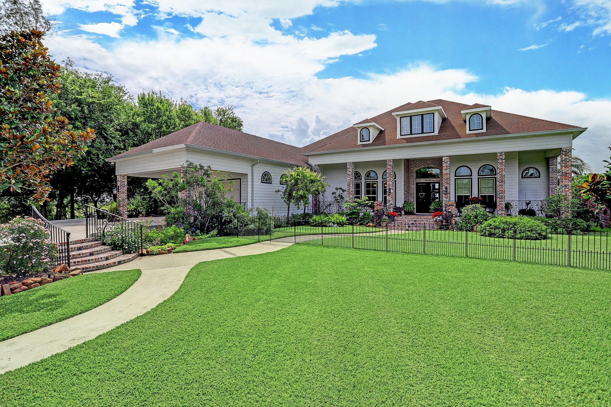 77571 Real Estate Listings Main Image