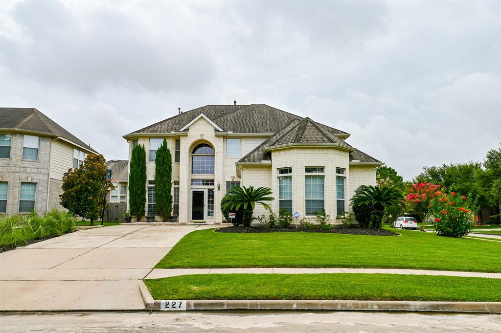 227 Angela Lane Property Photo - Stafford, TX real estate listing