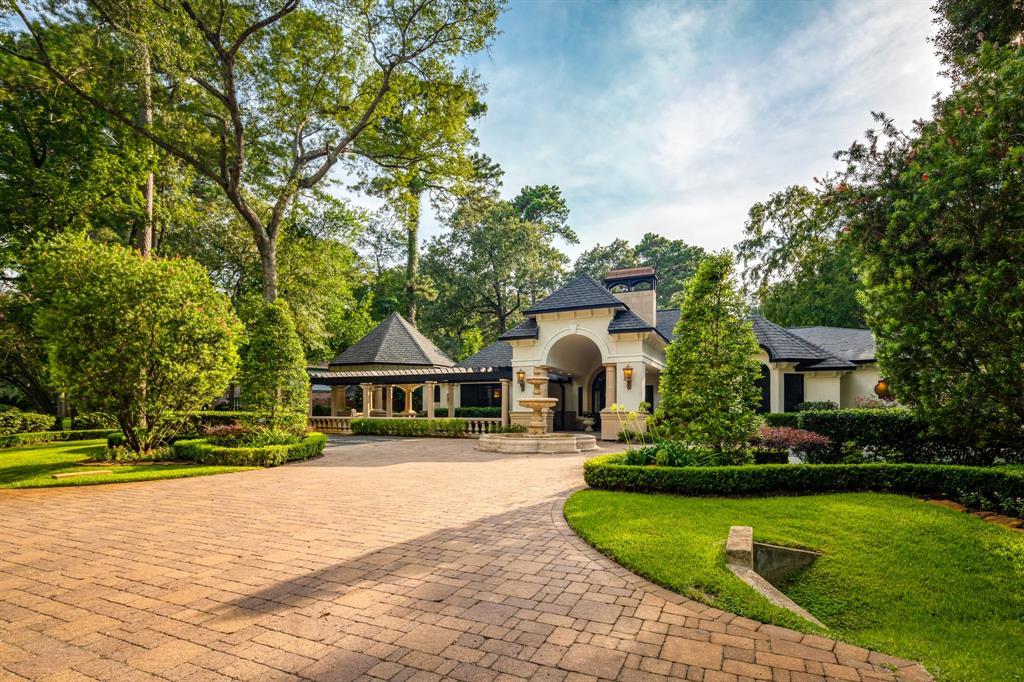 2403 Twin Grove Drive, Kingwood, TX 77339 - Kingwood, TX real estate listing