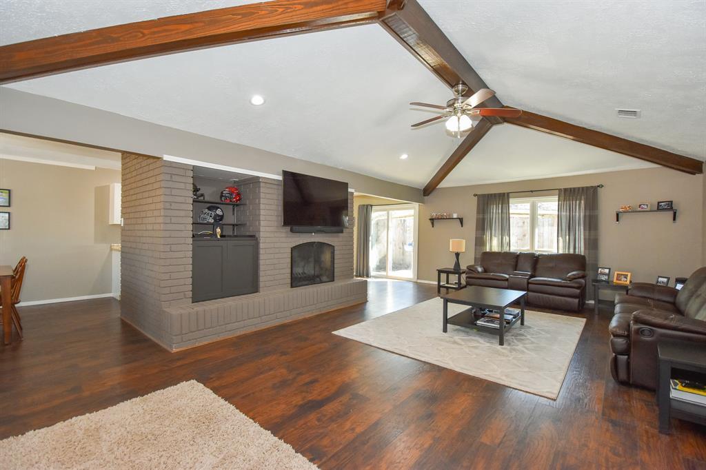526 Misty Lake Drive, El Lago, TX 77586 - El Lago, TX real estate listing
