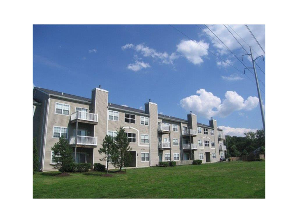 200 Vinings Way Property Photo - Newark, DE real estate listing