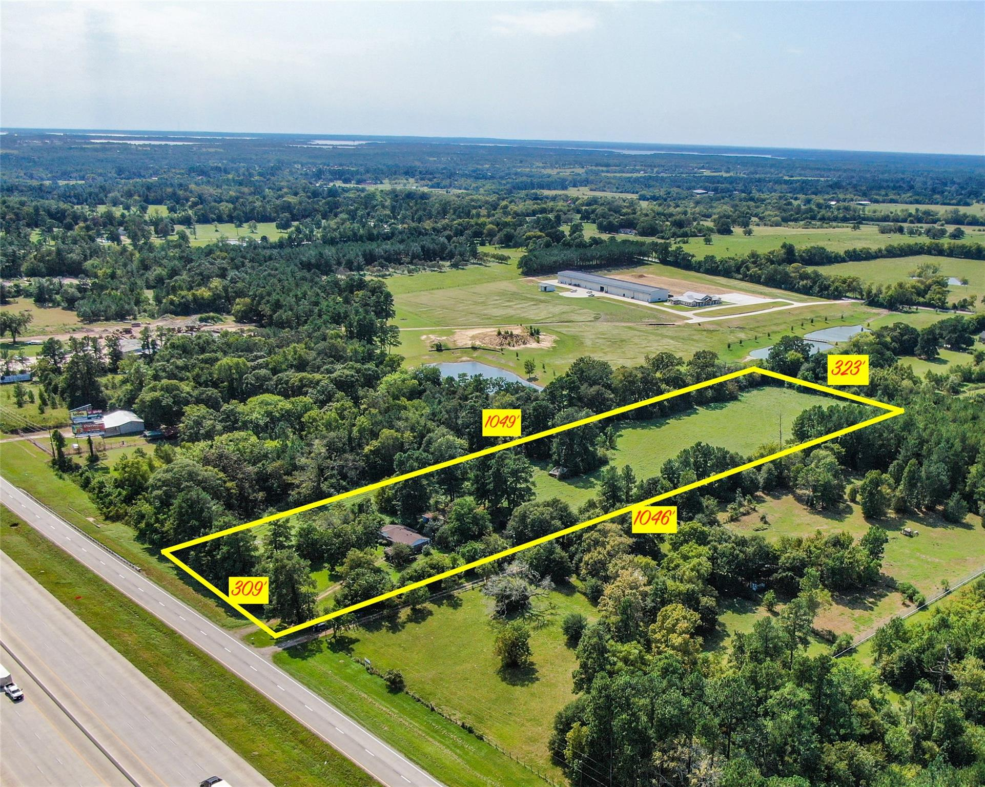 18054 Interstate 45 N Property Photo - Willis, TX real estate listing