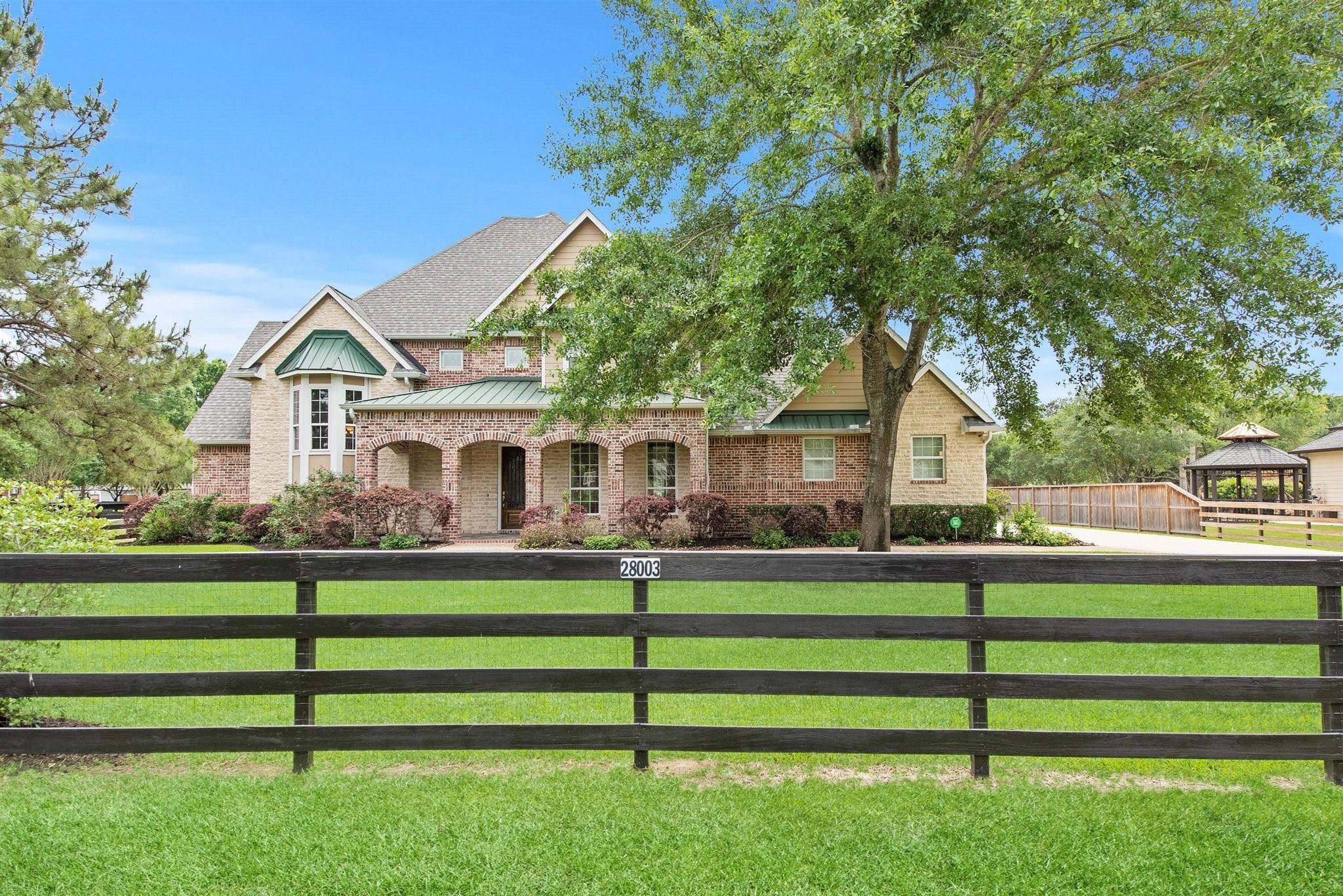 28003 Willowgreen Street Property Photo