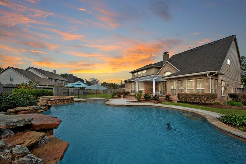 5302 Deerbourne Chase Drive, Sugar Land, TX 77479 - Sugar Land, TX real estate listing