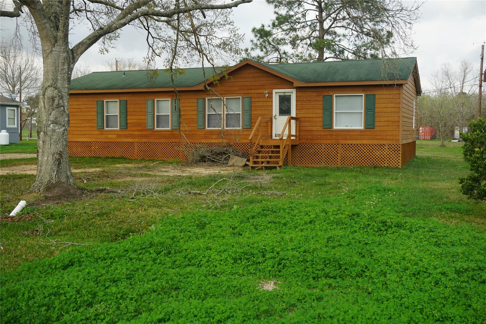 3815 Sunrise Lane Property Photo