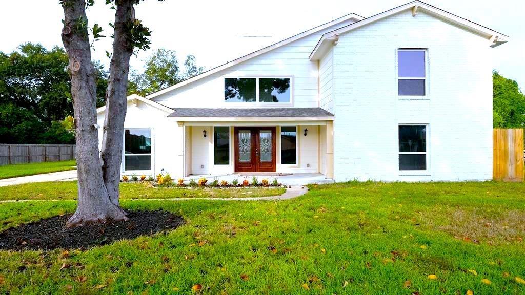 982 W Donovan Street Property Photo - Houston, TX real estate listing
