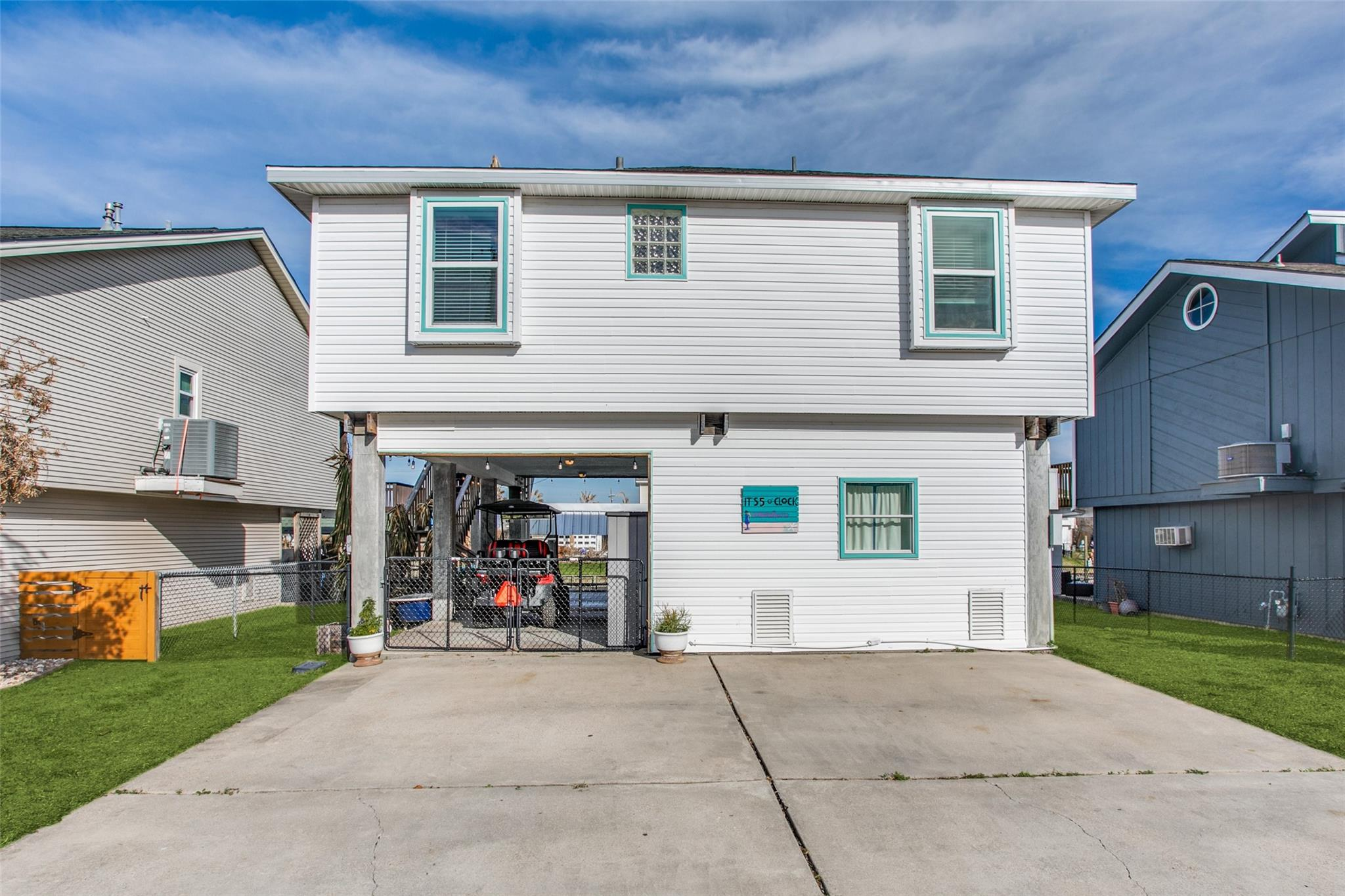 20 N Sandpiper Street Property Photo - La Marque, TX real estate listing