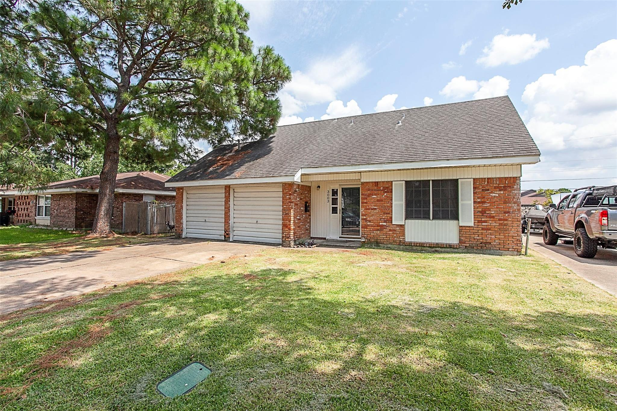 3003 Avenue O Property Photo - Nederland, TX real estate listing
