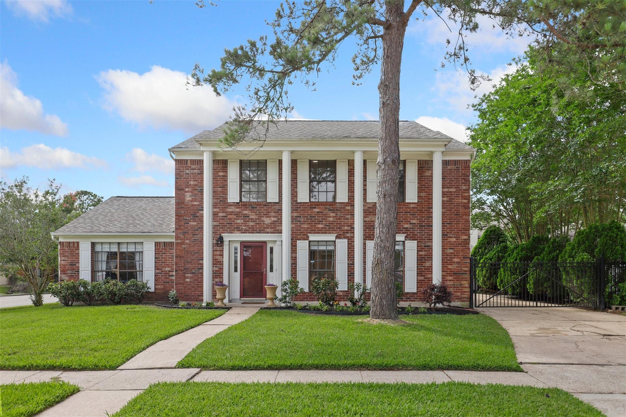 14918 Woodhorn Drive Property Photo