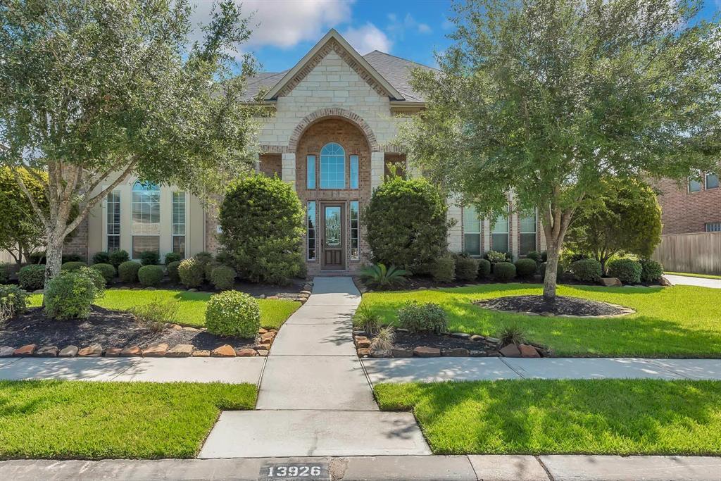 13926 Majestic Spring Lane Property Photo - Humble, TX real estate listing