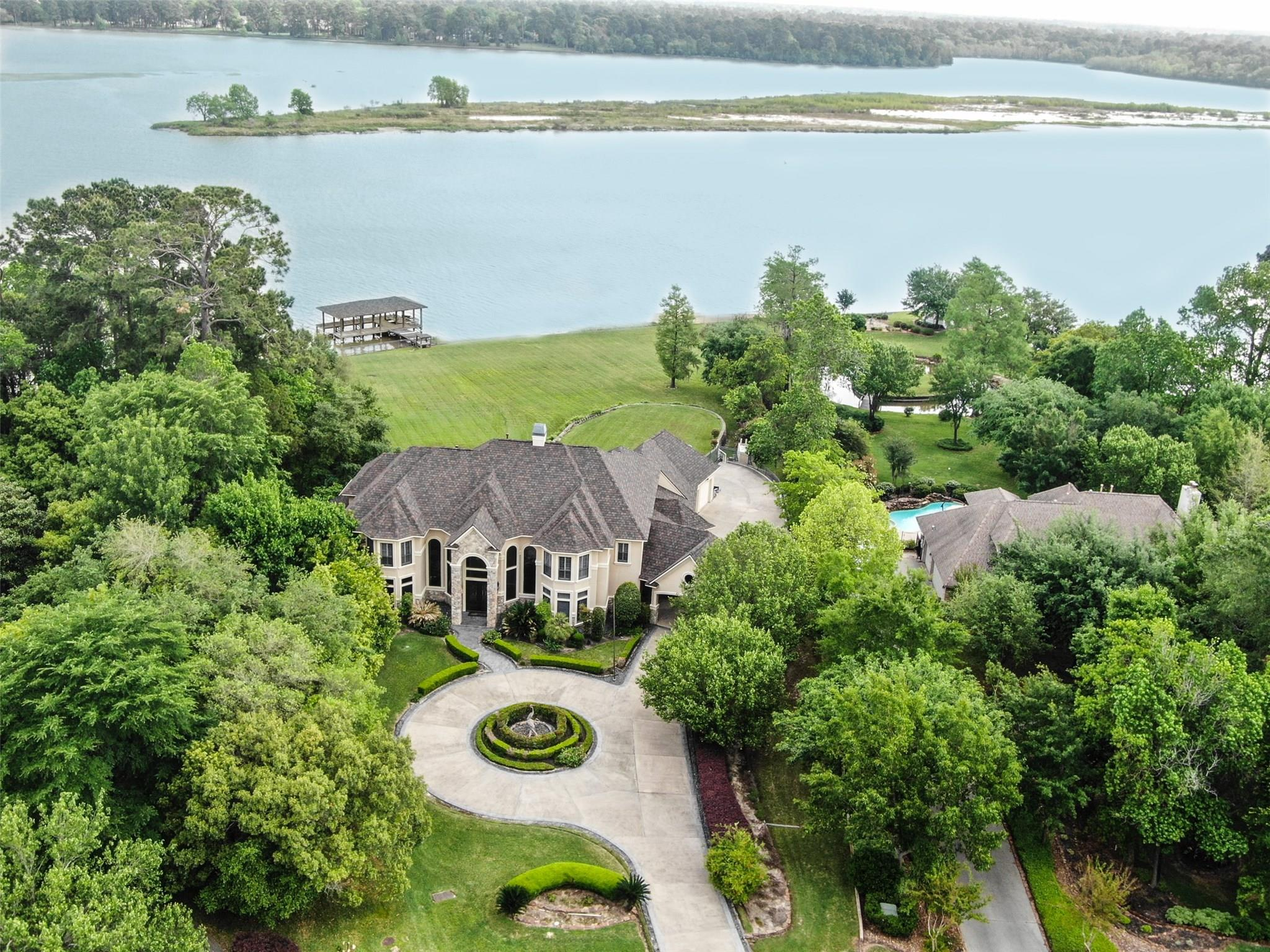 20 Kings River Court Property Photo - Kingwood, TX real estate listing