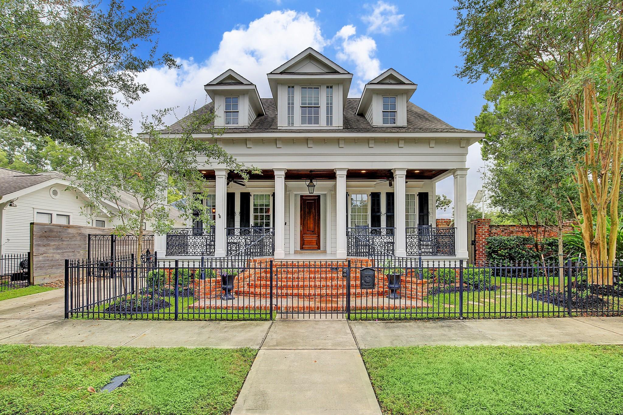 1134 Bayland Avenue Property Photo - Houston, TX real estate listing