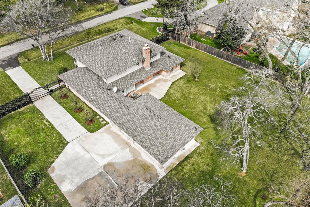 1319 Briar Bayou Drive Property Photo