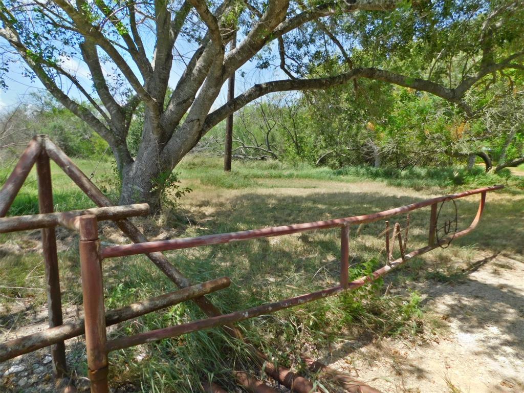 3230 County Rd 305, Port Lavaca, TX 77979 - Port Lavaca, TX real estate listing