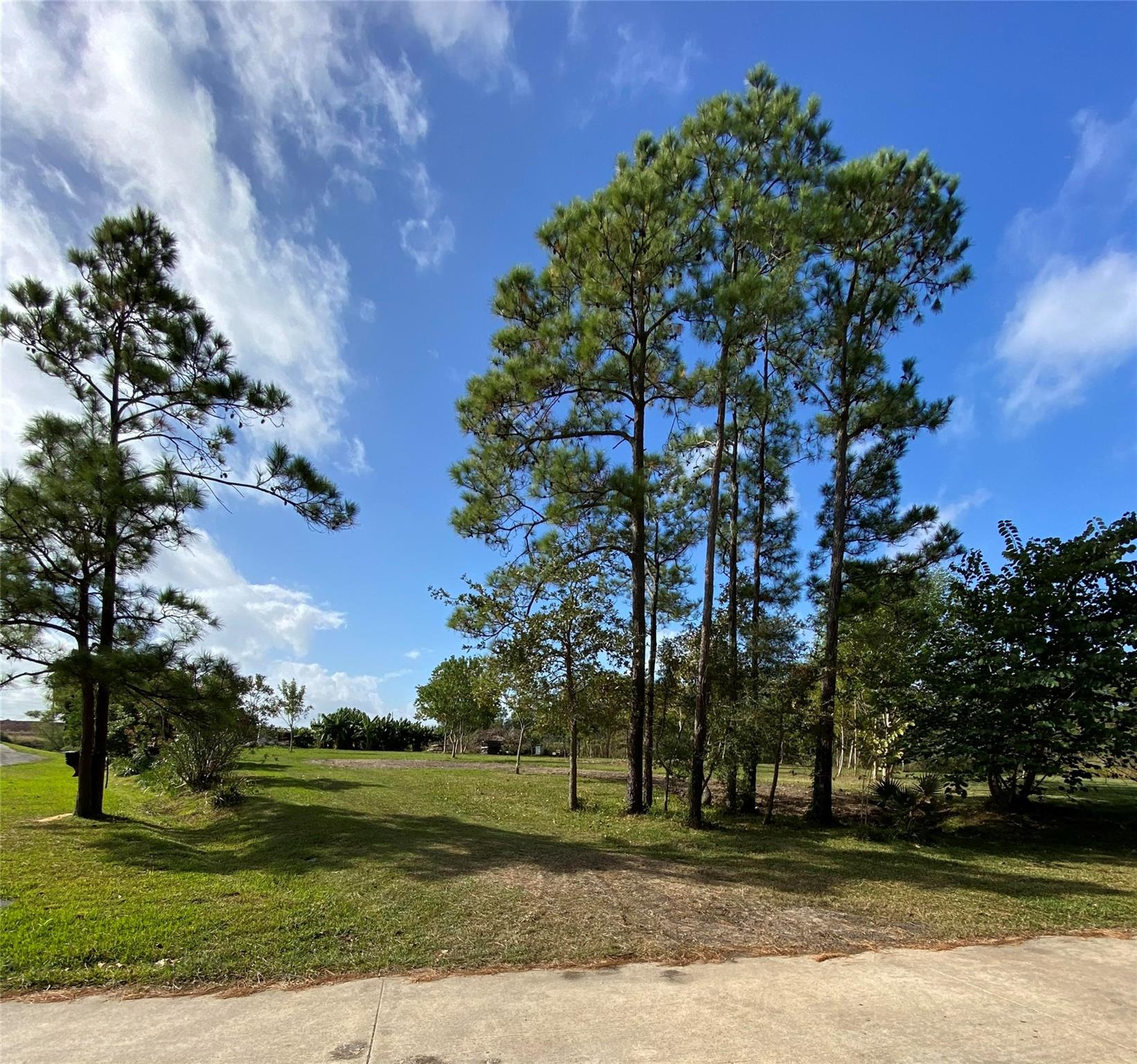 820 S Country Club Drive Property Photo