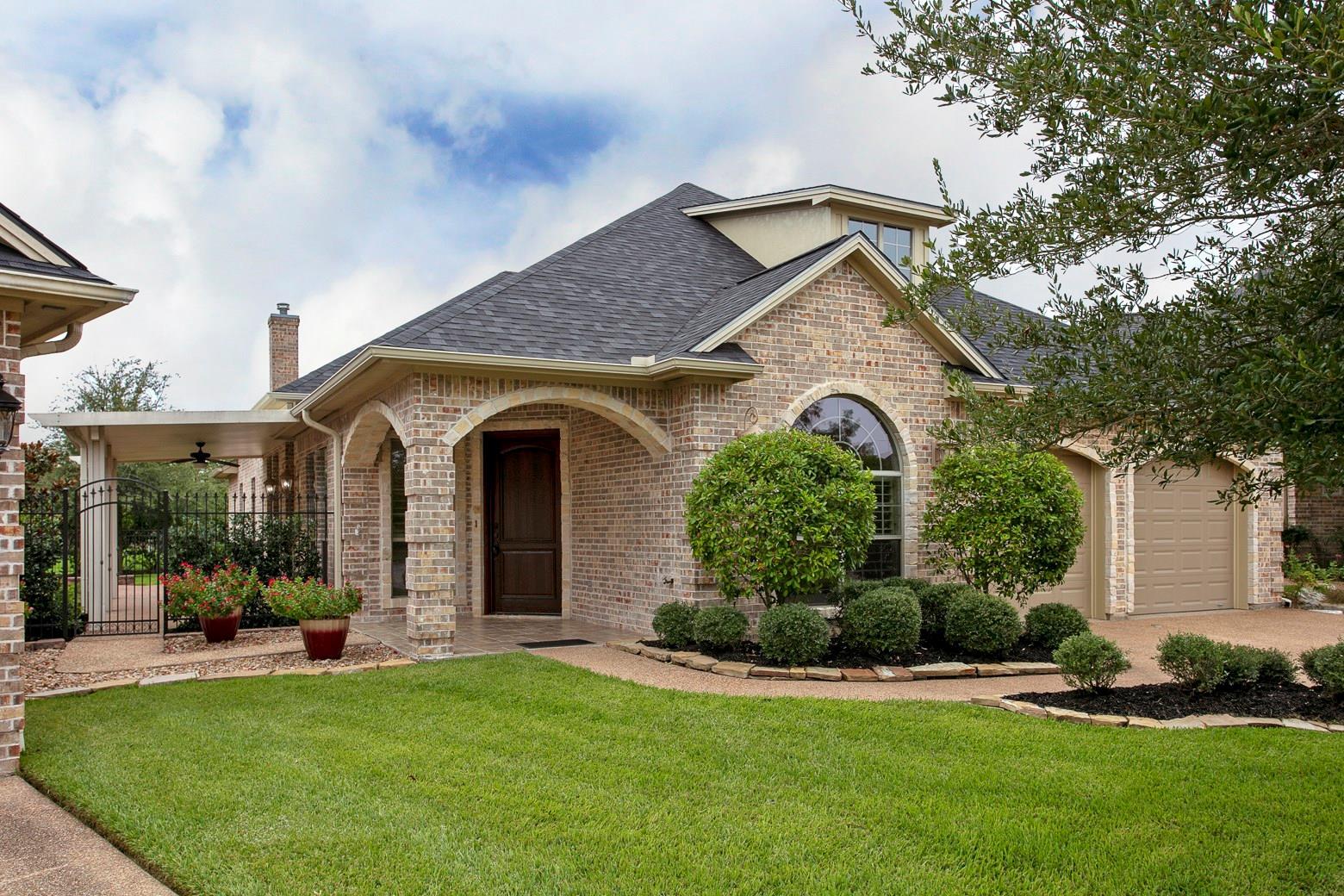 3805 Park Village Court Property Photo - Bryan, TX real estate listing