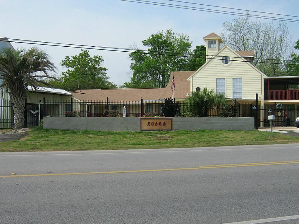 4700,Bayshore,Drive, Bacliff, TX 77518 - Bacliff, TX real estate listing