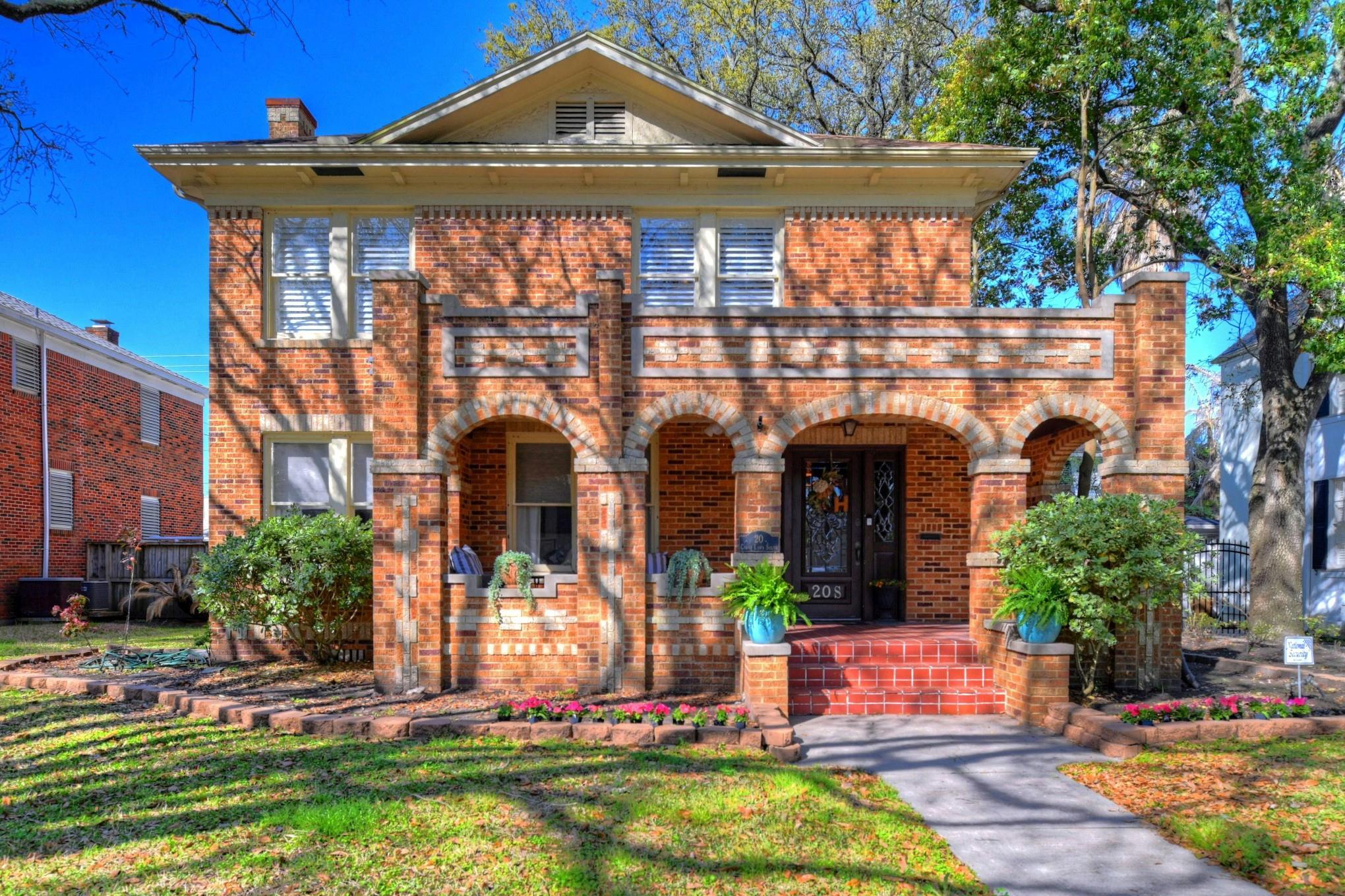 20 Cedar Lawn Drive S Property Photo