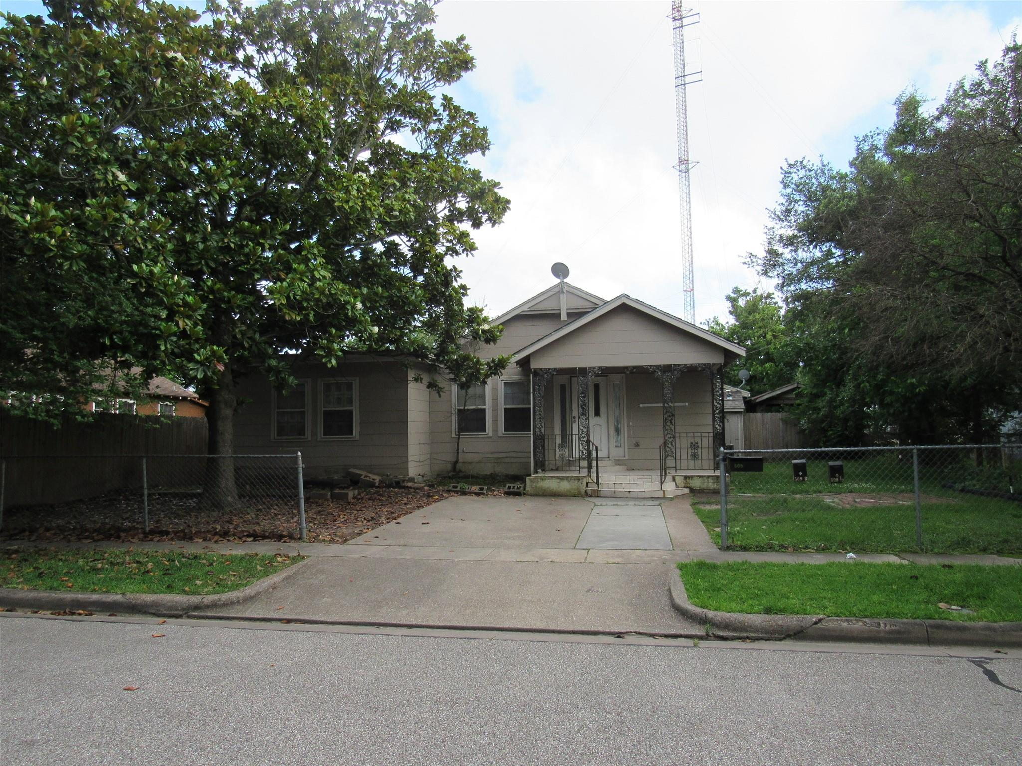 509 Stimpson Street Property Photo